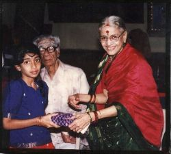 532px-Srimathumitha_getting_a_prize_From_M.S.Subbulakshmi_Amma